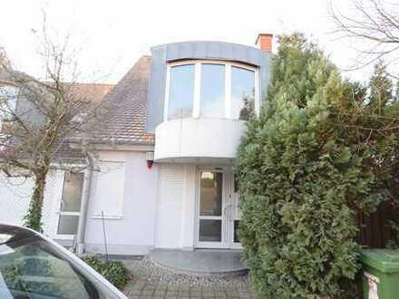 Viernheim: Schönes, gepflegtes Bürohaus zu vermieten