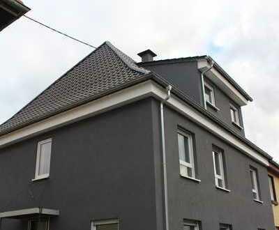 4-Z 2K 2B Wohnung im EG und KG frisch kernsaniert, modern und hell