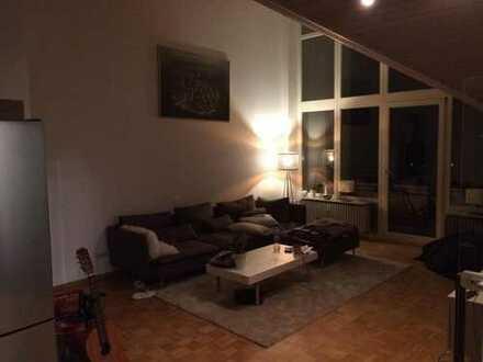 Zimmer in exklusiver großer Loft artiger Wohnung