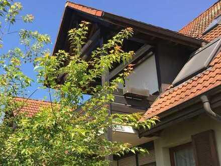 BÖTZINGEN - Schöne gemütliche 3-Zi.-Wohnung mit überdachtem Balkon und neuer Küche auf 62qm