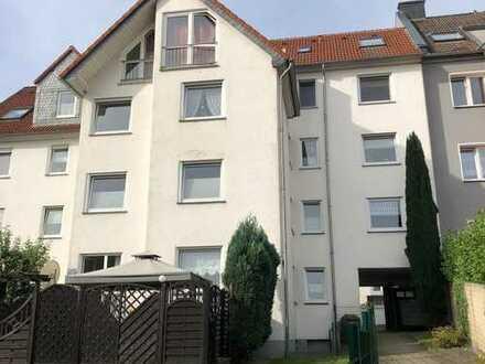 tolle 3 Zim.-Erdgeschoss-Wohnung mit sonniger Terrasse und Tiefgaragen-Stellplatz in Iserlohn Letmat