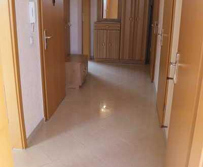 Moderne 2 Zi-Wohnung, Top Lage! Hochwertig komplett Saniert!