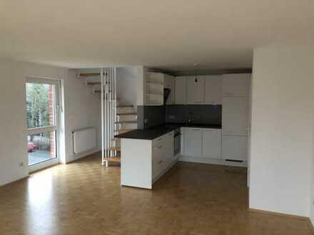 Neuwertige, helle 3-Zimmer-Maisonette Wohnung mit SW-Balkon und hochwertiger Einbauküche