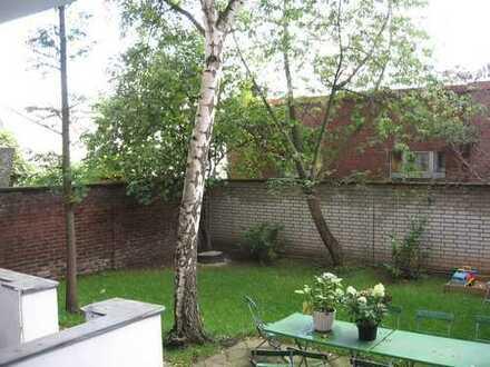 Schöne 3 - Z. - Hochpart.-Wohnung m. Balkon u. Garten in D.-Derendorf