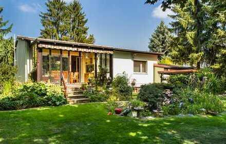 HOMESK - schönes Einfamilienhaus in Rudow mit großem Garten und Teich