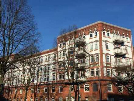 2-Zimmer-Wohnung für WG in Barmbek-Süd, mit Wohnküche und Balkon - möbliert