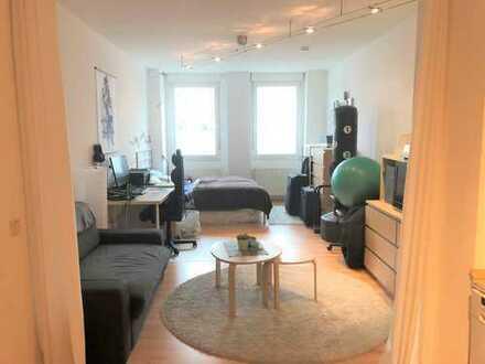 Ideale Single/Studentenwohnung! Schönes 1 Zimmer-Appartement im EG mit Einbauküche