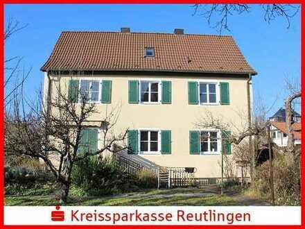 Charmantes Einfamilienhaus mit sonnigem Garten