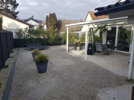 Charmantes renoviertes Einfamilienhaus mit 6 1/2 Zimmern und Einbauküche in Mainz-Hechtsheim