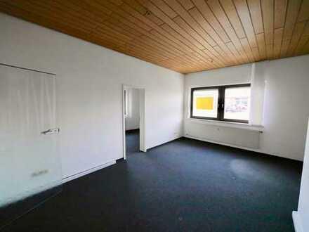 Renoviertes 2-Raum Büro in zentraler Lage von Brand