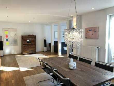 Modernes Einfamilienhaus mit Kamin, südl. ausger. Garten u. Carport in ruhiger eingewachsener Lage