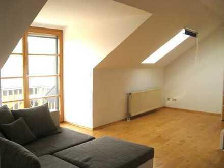 Gemütliche Dachgeschosswohnung in ruhiger zentraler Lage in Schwandorf zu verkaufen
