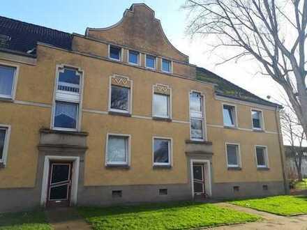 Helle 2-Zimmer-Wohnung mit zwei Mansardenzimmern!