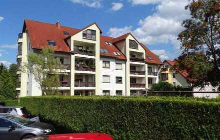 Schöne Drei-Raum-Wohnung mit Balkon in Chemnitz-Neukirchen zu vermieten!