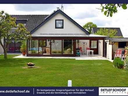 Großzügiges und gepflegtes Einfamilienhaus mit Garage und Swimming-Pool in Schillsdorf/OT Bokhorst