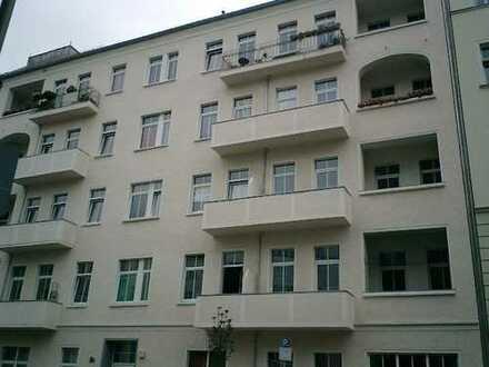 1 Zimmer Apartment mit Balkon im Friedrichshain