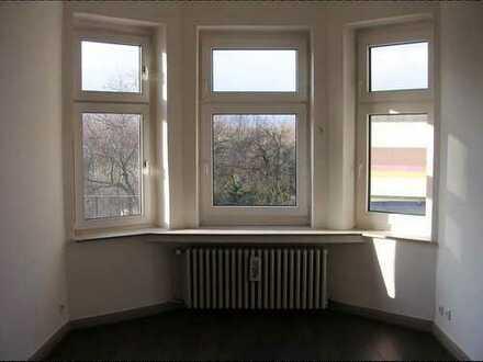 über den Dächern von Herne: 5 Zimmer Altbauwohnung im 2. OG