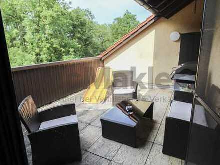 Modernisierte DG-Wohnung mit großer Dachterrasse in ruhiger Lage!