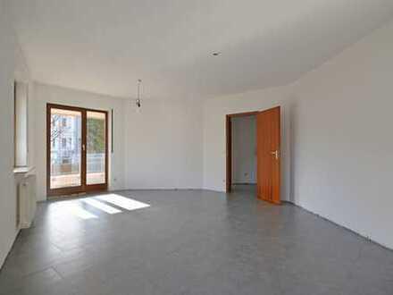Zentral gelegene 2 Zimmer Wohnung mit Balkon in Leonberg