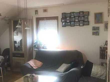 Praktische 3-Zimmer-Wohnung im DG in Spiegelberg für Eigennutzer oder Kapitalanleger