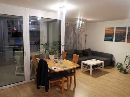 Hochwertig ausgestattete 2 Zimmer Wohnung mit Süd Balkon im 1. OG eines modernen Mehrfamilienhauses