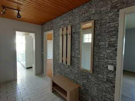 Schöne Wohnung mit zwei hellen Zimmern zum Verkauf in Adelsheim