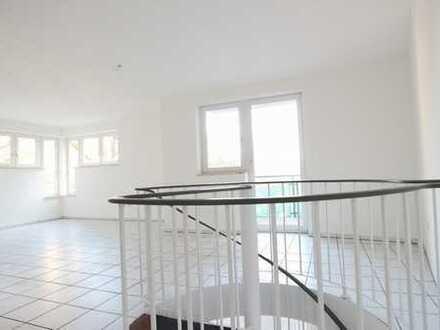 Außergewöhnliche Maisonette-Wohnung mit zwei Balkonen im Herzen von Aachen