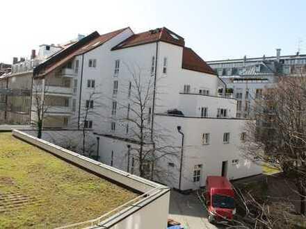 Ruhige 3-4 Zi. Whg im Innenhof mit 16 qm Loggia direkt am Josephsplatz