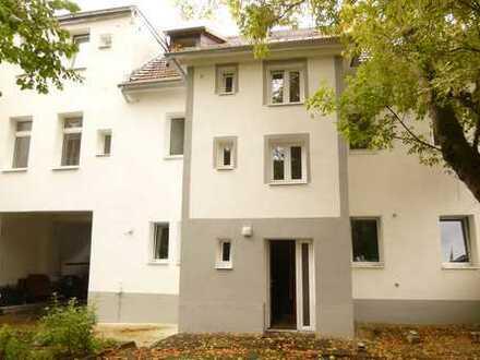 LEBEN! in 5-Zimmerwohnung mit ca. 120 m² in Schloßparknähe