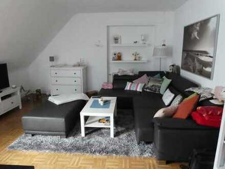 Gepflegte 3-Zimmer-Dachgeschosswohnung mit Einbauküche in Andernach