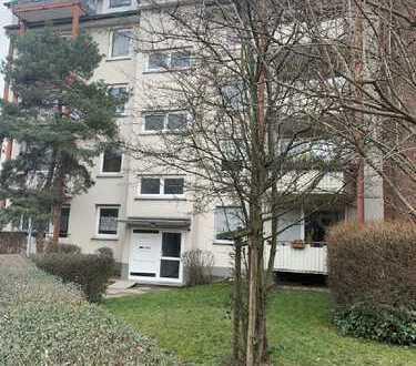 Köln-Riehl; Schöne 3 Zimmer Wohnung in Hochpaterre mit Balkon