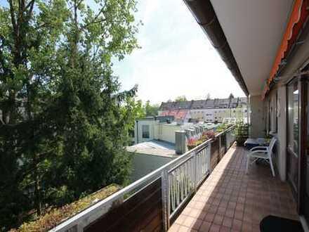 *** 2 vereinte Wohnungen + 3 Balkone + endlos Platz ***
