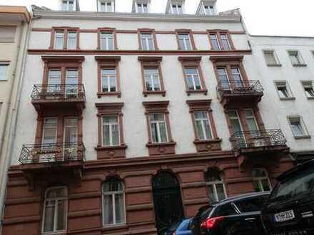 Schöne 2-Zimmer-EG-Wohnung mit Balkon und Einbauküche in Mannheim
