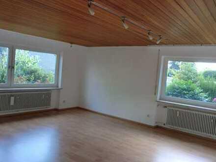 Schöne, sonnige, geräumige Zwei-Zimmer-Wohnung in Winnenden