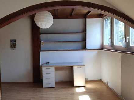 Großes Zimmer im Herzen von Bad Mergentheim nur an Frauen zu vermieten