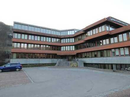 Schulungs- und Seminarzentrum an der A8 mit Einzug D-A-CH