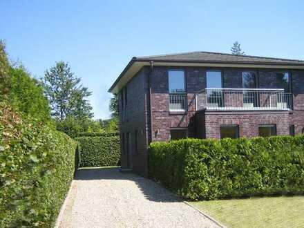 """Einfamilienhaus, """"Exclusive Stadtvilla"""" HH Poppenbüttel"""