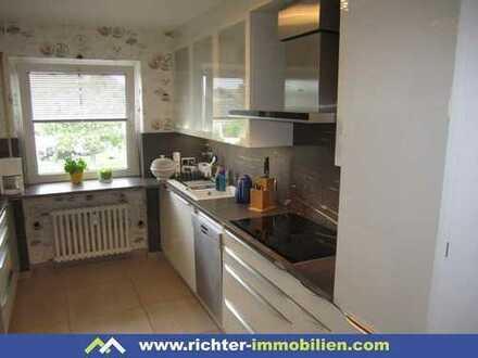 Feldstraße: 4 ZKB mit Einbauküche und Balkon