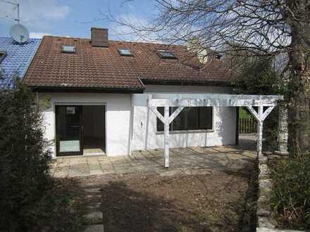 Abstatt-Happenbach - große Doppelhaushälfte mit ELW und ausgebautem DG