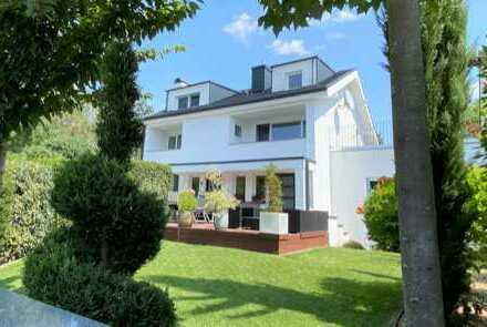 60437 Frankfurt (Nieder-Erlenbach), Luxus 1-2 FH+ELW, Wfl.ca.370m², 10Zi, 3EBK,5Bä, Grd. 775m², TOP!