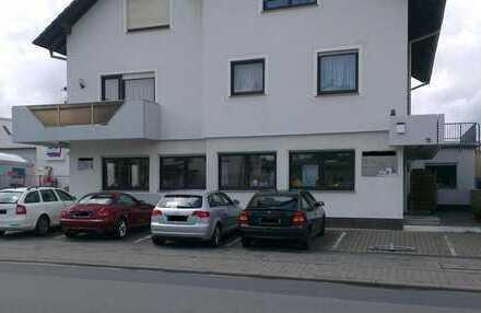 Großraumbüro ca. 160 qm, sehr helles Erdgeschoss, 1000 Euro kalt