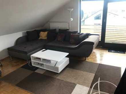 Gepflegte 3-Zimmer-Dachgeschosswohnung mit Balkon und Einbauküche in Walldorf (Rhein - Neckar)