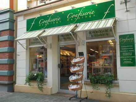 Attraktives Ladenlokal 1A Lage in der Fußgängerzone in 25746 Heide zu vermieten.