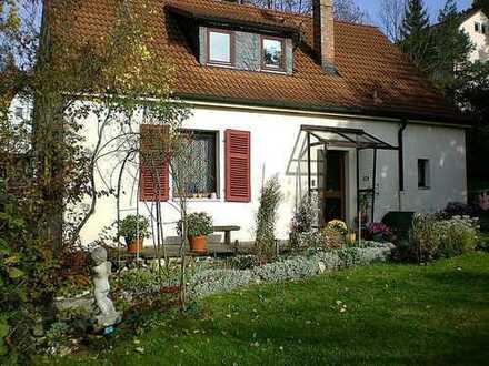 +++RESERVIERT+++Charmantes Wohnhaus mit pflegleichtem Garten in begehrter Wohnlage - Coburg Zentrum