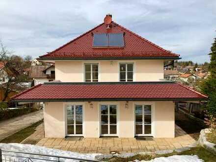 Sonniges, ruhiges, zentral gelegenes Haus mit sechs Zimmern in Bad Tölz
