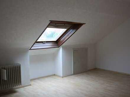 zentrale, großzügige 3 ZKB Wohnung in Brühl