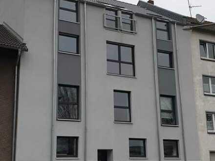 15 m² WG Zimmer DG sucht DICH! 4er WG Neugründung - Erstbezug nach Kernsanierung (DG ist Neubau) -