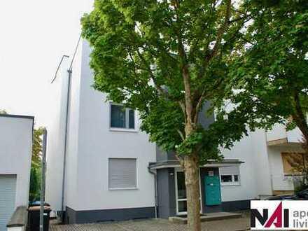 RESERVIERT! 2 Zimmer Dachgeschosswohnung mit PKW-Stellplatz
