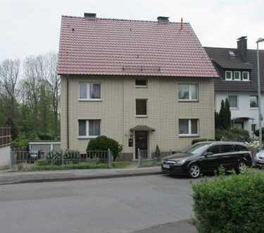 Gepflegte 3,5-Zimmer-Hochparterre-Wohnung mit Wintergarten in Schwerte