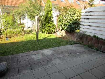 Bad Wimpfen schönes Reihenmittelhaus Bj 2003, 162qm WFL, Garten , Garage, Balkon, frei
